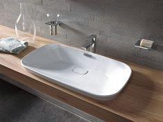 Umyvadlo Neorest, bílá keramika, šířka 75 cm, bez otvoru pro armaturu, pochromovaný přepad, značka Toto, cena 19 203 Kč, www.koupelny-ptacek.cz