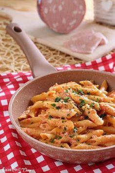 Primo piatto eccezionale!! Facile veloce e ricco di gusto. Ideale da preparare all'ultimo momento è sempre ben gradito da tutta la famiglia ....