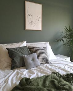 Bedroom Wall Decoration Ideas - Home Decor Ideas Bedroom Green, Home Bedroom, Bedroom Decor, Green Bedrooms, Master Bedroom, Wall Decor, Scandinavian Interior Design, My New Room, Minimalist Bedroom