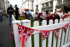 #RegentStreet visitors enjoy the Pimm's garden at #SummerStreets.