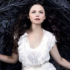 once-upon-a-time Ginnifer Goodwin as Snow White - ABC (2)
