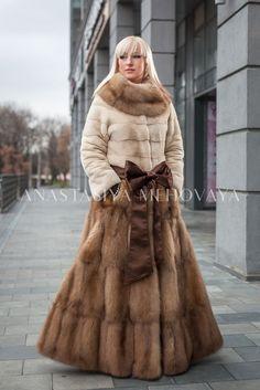Fox Fur Coat, Fur Coats, Mink Fur, Fur Fashion, Style Guides, Mantel, Fashion Guide, Glamour, Lady