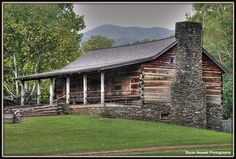 Log cabin in Cades Cove Smokey Moutains, Events Place, Mountain Photos, Cades Cove, Road Trippin, Great Smoky Mountains, Country Life, Places Ive Been, National Parks
