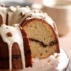 Coffee-Streusel Bundt Cake