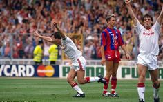 Alan Pardew urges Crystal Palace to banish the demons of 1990 FA Cup final defeat against Manchester United Yannick Bolasie, Manchester United Fa Cup, Bryan Robson, Sir Alex Ferguson, Fa Cup Final, Team Coaching, Bt Sport, League Gaming