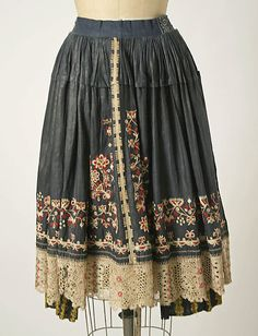 Czech ensemble 1800 -1939. Apron detail. Interesting embroidery on lace.
