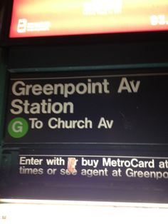 MTA Subway - Greenpoint Ave (G) w Brooklyn, NY
