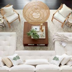 Add a tropical flair to your living space with neutral tones and a pop of greenery Basket Decoration, Fine Furniture, Furniture Makers, Outdoor Furniture, Home And Living, Living Rooms, Coastal Living, Coastal Decor, Basket Weaving