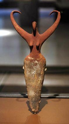 "Mother goddess - ""Bird Lady"" a Neolithic Egyptian ceramic, Naganda IIa Predynastic BCE, Brooklyn Museum Ancient Egyptian Art, Ancient Aliens, Ancient Greece, Ancient History, Egyptian Goddess, Art Pariétal, Brooklyn Museum Of Art, Ancient Goddesses, Art Ancien"