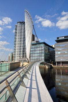 Media City Footbridge in Salford Quays, Manchester England by WilkinsonEyre Architects