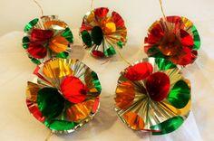 5 Vintage metallic foil baubles Christmas tree decorations 1980 s retro more av