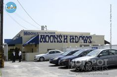 The Moonshadows Malibu on PCH is not only Leann Rime's and hubby Eddie Cibrian's go-to spot for a romantic dinner with a breathtaking view on the ocean. | losangeles.hotspotphotos.com