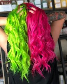 Super Hair Dyed Blue Mint Green Ideas Half And Half Hair Color blue dyed Green hair Ideas Mint Super Split Dyed Hair, Half Dyed Hair, Dyed Hair Blue, Dyed Hair Pastel, Yellow Hair, Dye My Hair, Neon Green Hair, Blue And Pink Hair, Mint Blue