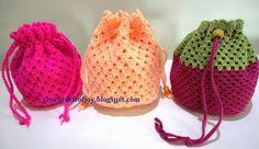 Crochet: a granny square drawstring purse. Crochet: a gr. Crochet: a granny square drawstring purse. Crochet: a granny square drawstr Sac Granny Square, Point Granny Au Crochet, Motifs Granny Square, Granny Square Crochet Pattern, Crochet Patterns, Granny Squares, Crochet Squares, Bag Patterns, Crochet Drawstring Bag