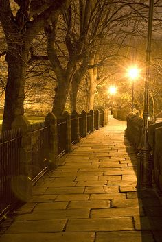 Chester Roman Walls are a charming walk whether in winter or summer. Chester City, English Countryside, Beautiful Places, Beautiful Scenery, Wonderful Places, Lake District, British Isles, Great Britain, Cool Places To Visit