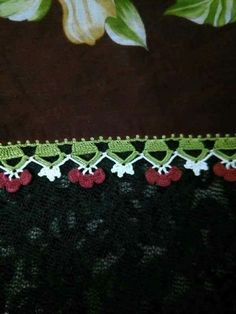 This Pin was discovered by Den Saree Kuchu Designs, Creative Embroidery, Crochet Videos, Handicraft, Tatting, Diy And Crafts, Lace, Crochet Edgings, How To Make Crafts