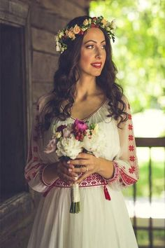 Romanian Wedding, Skirt Fashion, Fashion Dresses, Romanian Girls, The Bride, Orthodox Wedding, Weeding Dress, Traditional Wedding Dresses, Embroidered Clothes