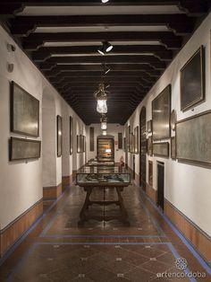 La Galería de los Cueros del Palacio de Viana alberga la colección más importante de cordobanes y guadamecíes de Córdoba.