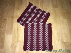 Loopy Sherry WINE ME DOWN Handmade Woven Potholder Potholder Loom, Potholder Patterns, Apron Patterns, Dishcloth, Hot Pads, Sherry Wine, Inkle Weaving, Weaving Projects, Craft Projects