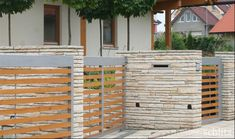 návrhy zahrad Fence, Entrance, Garage Doors, Home And Garden, Outdoor Decor, Home Decor, Fence Ideas, Brickwork, Door Entry