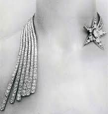 Chanel 1932 jewelry collection - cometes