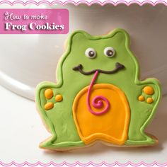 Sugarkissed: Frog Cookies  Scrumptious Sunday 20 Feature!