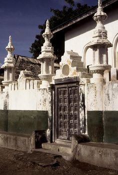 Lamou. Kenya _Influence indienne by courregesg, via Flickr