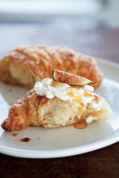 Croissant, Ricotta, Fig and Honey