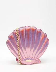 Skinnydip Mermaid Shell Across Body Bag in Pink - Sale! Shop at Stylizio for womens and mens designer handbags luxury sunglasses watches jewelry purses wallets clothes underwear Cute Purses, Purses And Bags, Mode Rose, Mermaid Shell, Mermaid Mermaid, Mermaid Makeup, Across Body Bag, Cute Bags, Mode Outfits