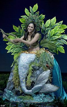 Miss Universe National Costume, Fairy Clothes, Photos, Costumes, Celebs, Womens Fashion, Dresses, Mermaid, Pageants