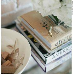 living-gazette-barbara-resende-mania-décor-miniaturas-douradas