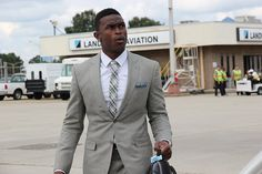 Falcons players looking sharp as they board the plane to Minnesota. Check out the photos here: http://www.atlantafalcons.com/media-lounge/photo-gallery/Falcons-Hit-the-Road-to-Minnesota/e60fddcb-b765-4f84-8125-2b50e573030b