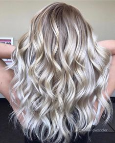117.3k Followers, 1,552 Following, 1,810 Posts - See Instagram photos and videos from Michigan Balayage | BL❄️NDE (@catherinelovescolor)