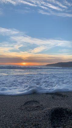 Beach Aesthetic, Nature Aesthetic, Travel Aesthetic, Sunset Wallpaper, Scenery Wallpaper, Beach Pictures, Pretty Pictures, Aesthetic Backgrounds, Aesthetic Wallpapers