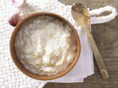 Knoblauchcreme – smarter kommt im Vergleich zur Original-Aioli mit viel weniger Kalorien und Fett aus!