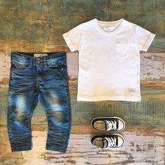 BOYS • I Dig Denim Newark jeans, Harvey tee & Converse low rise Chuck Taylors. Only 13 hours left to enter code IDD20 for 20% off I Dig Denim at Tiny Style online •    www.tinystyle.com.au/brands/I-Dig-Denim