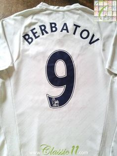 Relive Dimitar Berbatov's 2007/2008 Premier League season with this original Puma Tottenham Hotspur home football shirt.