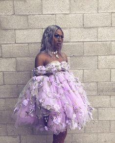 Shea Couleé at dragcon, day 2 Drag Queen Outfits, Rupaul Drag Queen, Drag Queen Makeup, Adore Delano, Dolly Fashion, Queen Fashion, Queen Costume, Purple Aesthetic, Amazing Women
