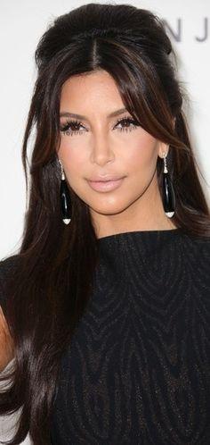 ✧☼☾Pinterest: DY0NNE #kardashian