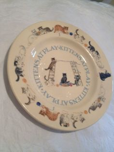 """Emma Bridgewater, RARE & VINTAGE PLATE, """"Kittens at Play"""", First Quality"""