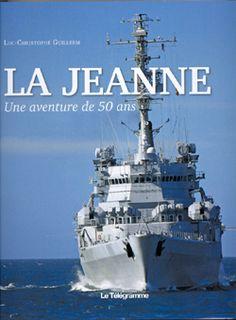 Livre sur la Jeanne (d'Arc), bateau-école de la marine nationale - Luc-Christophe GUILLERM, médecin à Brest, est également médecins de réserve dans la Marine. Deuis la campagne de 1990-1991, il a navigué régulièrement à bord de la Jeanne. Son dernier embarquement l'a conduit au Cap Horn et dans les chenaux de Patagonie en 2010. Il est l'auteur de plusieurs livres sur la Jeanne d'Arc et la Marine nationale dont le Jeanne de ma jeunesse publié en 2004 aux Editions Le Télégramme.