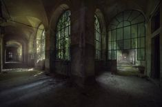 https://flic.kr/p/hefiWx | sanatorium ( explore ) | Abandoned sanatorium left for nature to decide its fate