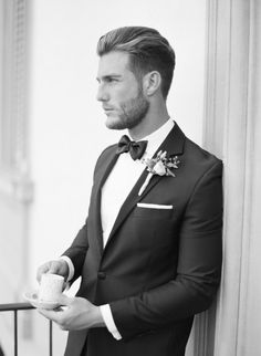 Stylish groom: http://www.stylemepretty.com/2016/04/14/florence-wedding-inspiration-for-a-destination-i-do/   Photography: KT Merry - http://www.ktmerry.com/