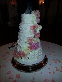 and pink cakes by lori slide show champaign il wedding cakes