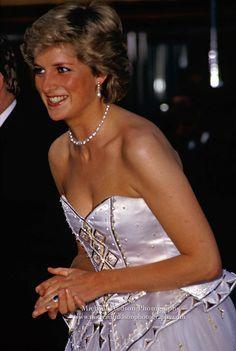 shy-di: Princess Diana at James Bond film premiere, Leicester Square, London, June 1987