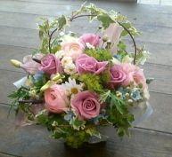 花ギフトのプレゼント【BFM】 紫、青のハーモニー そんなフラワーアレンジメント http://www.basketflowermarkets.com