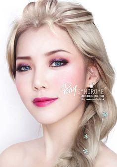 2014 Halloween Disney Frozen Elsa Makeup Tutorial - Winter Halloween Party #2014 #Halloween