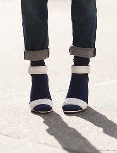 How to wear socks with heels, strappy sandals, Topshop, cuffed jeans, socks, Maria La Rosa / Garance Doré