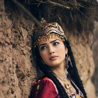 Tajikistan Tajik woman in traditional attire. Photos by Nani Foto Portrait, Portrait Photography, People Photography, Beautiful People, Beautiful Women, Ethno Style, Beauty Around The World, Ethnic Dress, Folk Costume