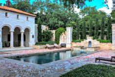 Mediterranean landscape design and swimming pools features have a rustic or Old World look. Learn what makes a pool Mediterranean and get inspired. Backyard Pool Designs, Swimming Pools Backyard, Swimming Pool Designs, Garden Pool, Backyard Landscaping, Landscaping Design, Lap Pools, Backyard Projects, Patio Design